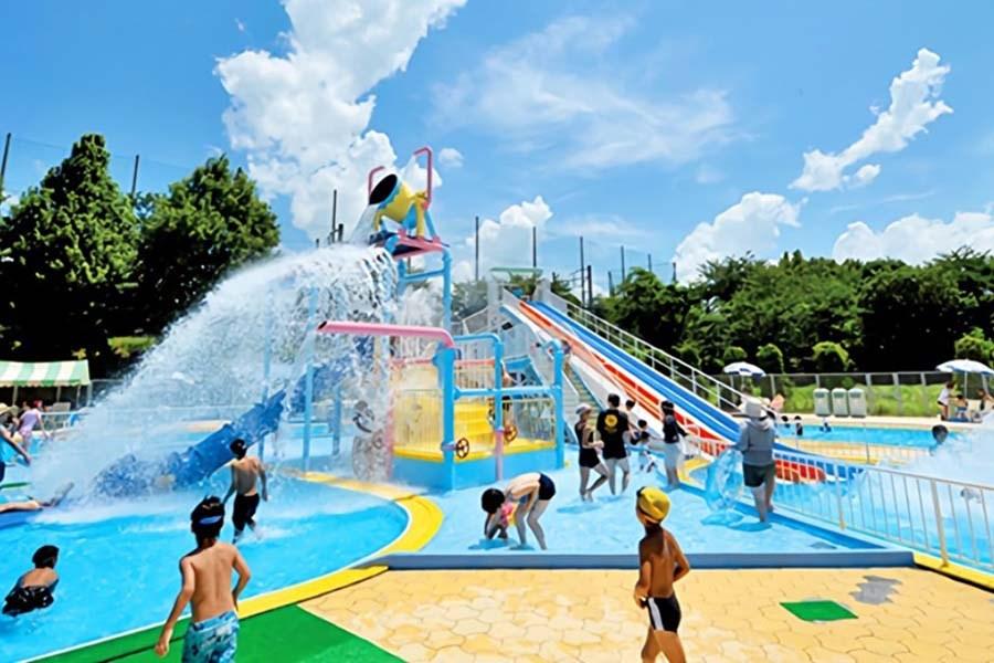 最新版】九州のプール13選 家族みんなで楽しめるプールが満載! | たびらい